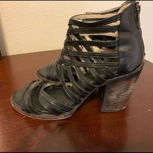 Worn but in good condition Freebird shoes sz 8